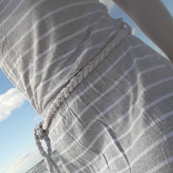 ceinture réalisée au tricotin sur robe