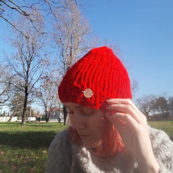 bonnet-modele-grosse-laine-fait -main-couleur-rouge