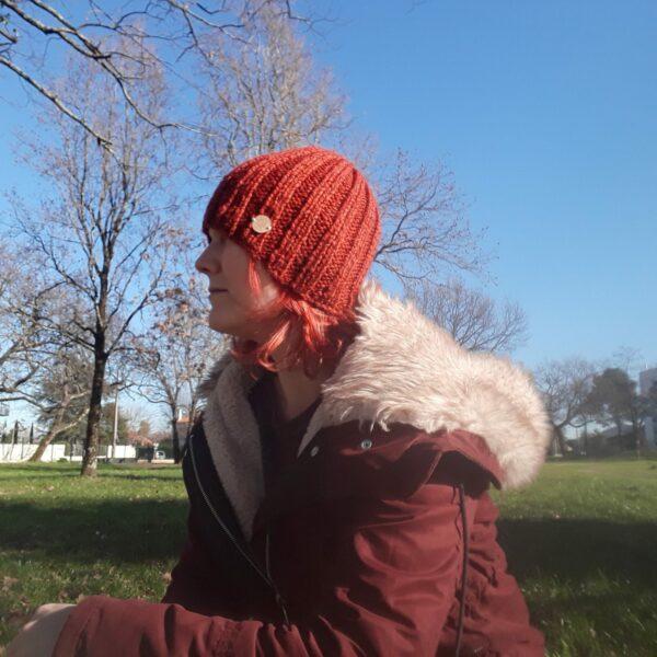 bonnet-modele-cote-2/2-fait -main-couleur-brique
