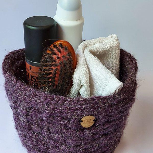 panier-souple-au-crochet-couleur-gris-dedans-accessoire-de-salle-de-bain