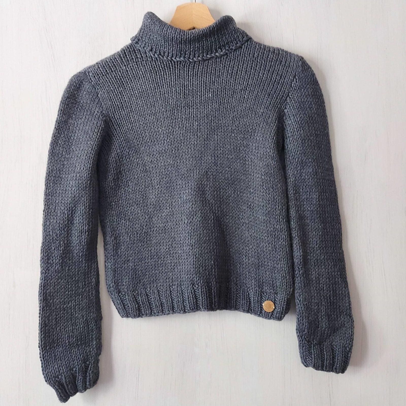 Pull-fait-main-modele-Ga-couleur-gris-11